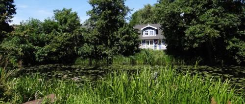 Haus am Kanal am Rand von Brieskow-Finkenheerd