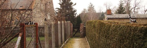 Hintertürchen zum Kirchhof