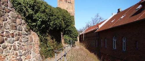 Stadtmauer und Steinturm