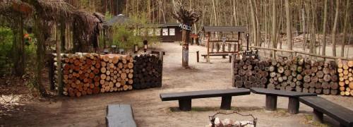 Feuer- und Rastplatz, Haus des Waldes