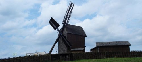 Mühle überm Dorf