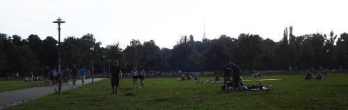 Ein Sommerabend im Volkspark Friedrichshain