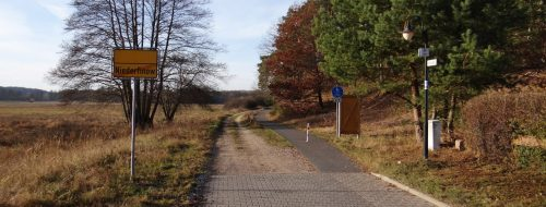 Am westlichen Ende des Dorfes, Niederfinow