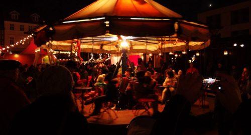 Motorloses Karussell, Weihnachtsmarkt Eberswalde